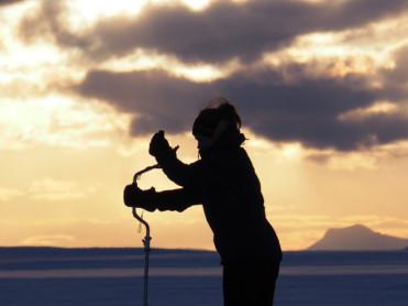 Vintereventyr: Isfiske etter røye